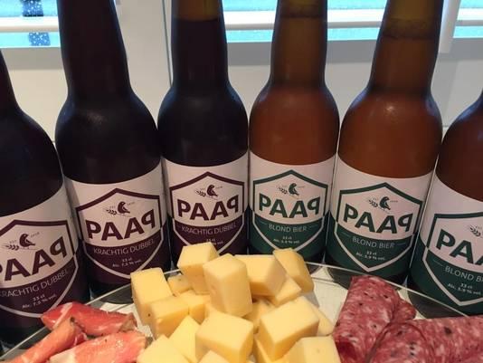 <p>PAAP Blond en PAAP Krachtig Dubbel van PAAP Bier Broeders.</p>