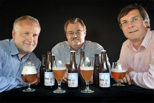 <p>René Boulonois, Bert Langendam&nbsp; en Theo van Beek (vlnr)</p>