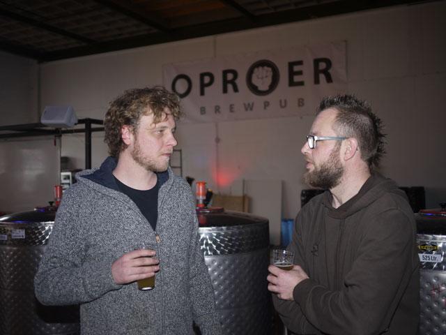 <p>Bart-Jan Hoeijmakers (l) en Mark Strooker (r)</p>