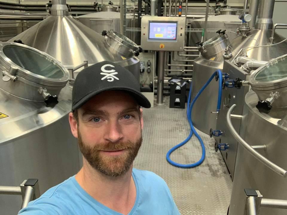 """<p>Wolter de Bes op 20 juni 2019 bij <a href=""""databank/brouwerij?brouwerij_id=1611"""" target=""""_blank"""" rel=""""noopener"""">Brouwerij Het Nest</a>&nbsp;voor het brouwen van de&nbsp;American Wheat Ale</p>"""